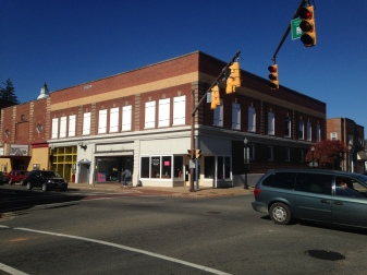 10 W. Main Street